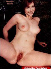 Alyson Hannigan Celebs Naked image 11
