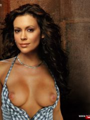 Alyssa Milano Nude Celeb Pics