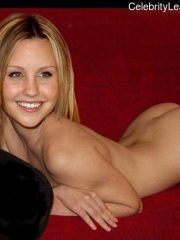 Amanda Bynes Celebs Naked image 19