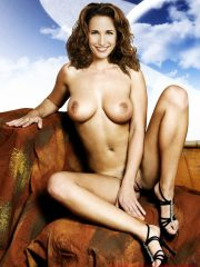 Andie MacDowell Celeb Nude image 14