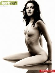 Anne Hathaway Celebrity Leaked Nude Photos