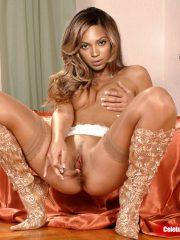 hot nude indonesian artis