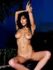 Doria Tillier Real Celebrity Nude image 2