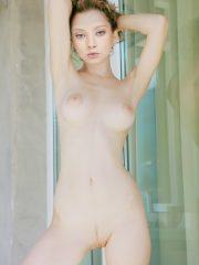 Elisabeth Harnois Best Celebrity Nude