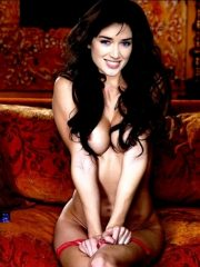 Elsa Esnoult Real Celebrity Nude image 1