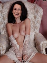 Emilia Clarke Hot Naked Celebs image 30