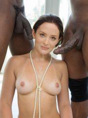 Emily Blunt free nude celebs
