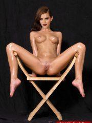 Emma Watson Celebrity Nude Pics image 13