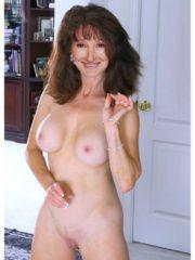 Shannon Hawkins  nackt