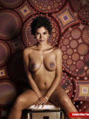 Halle Berry Real Celebrity Nude image 5
