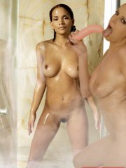 Halle Berry Celebrity Leaked Nude Photos image 21