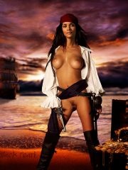 Halle Berry Celeb Nude