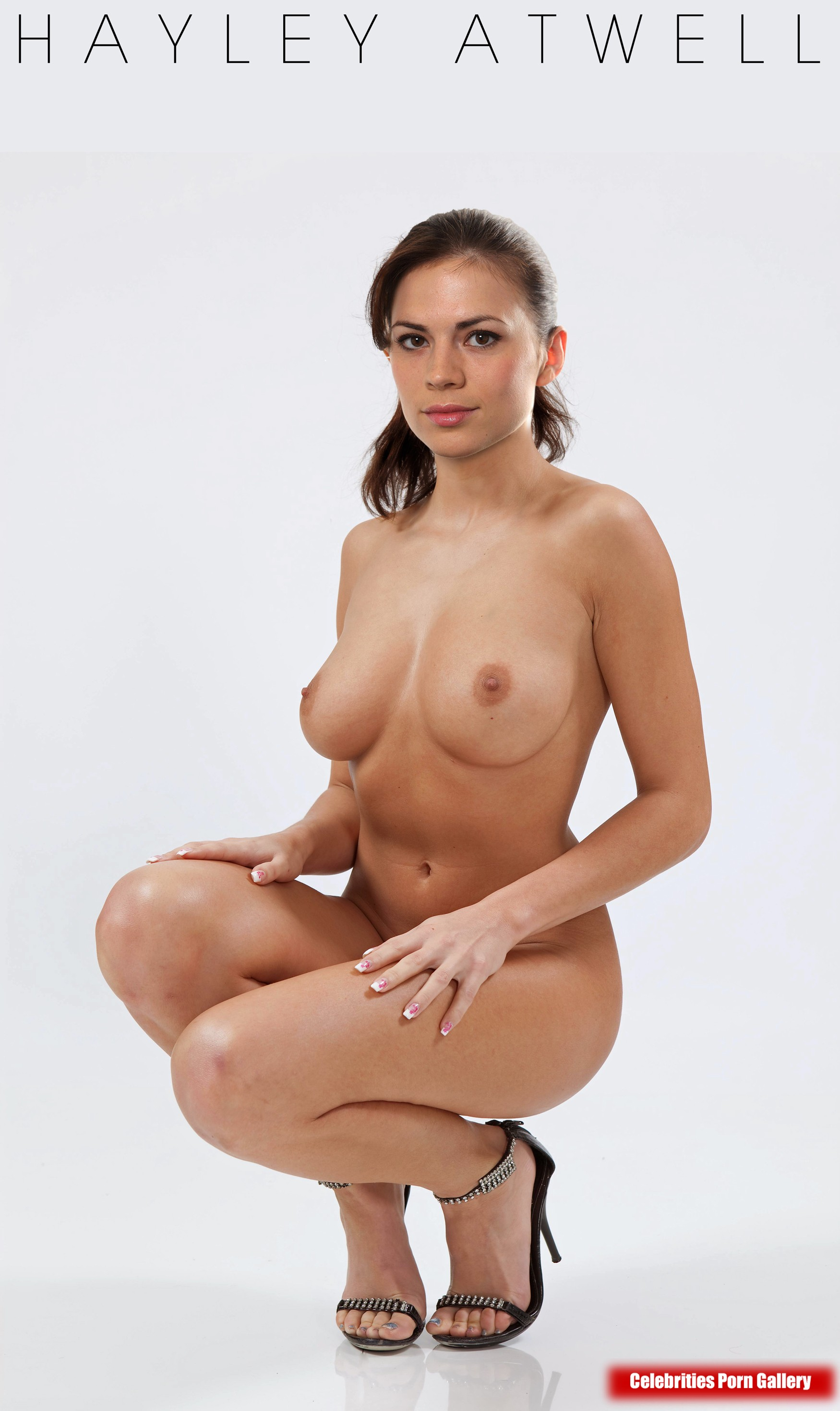 Хейли этвелл голая