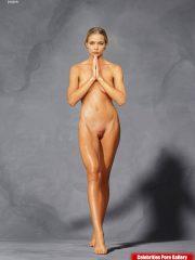 Jaime Pressly Real Celebrity Nude