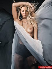 Kaley Cuoco Naked celebrity pictures image 10