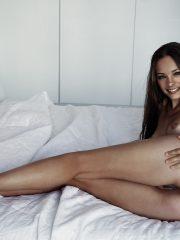 Kristin Kreuk Nude Celeb Pics image 7