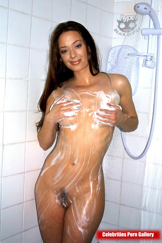 Free naked leah remini photos
