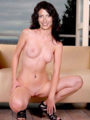 Lisa Edelstein Celebrity Nude Pics image 24