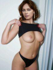 Melinda Clarke Famous Nudes image 24