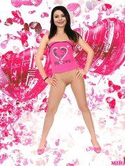 Miranda Cosgrove Free Nude Celebs image 28