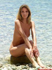 Mischa Barton Best Celebrity Nude image 22