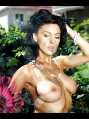 Monica Bellucci Celebrity Nude Pics image 12