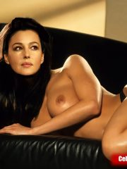 Monica Bellucci Nude Celebrity Pictures image 29
