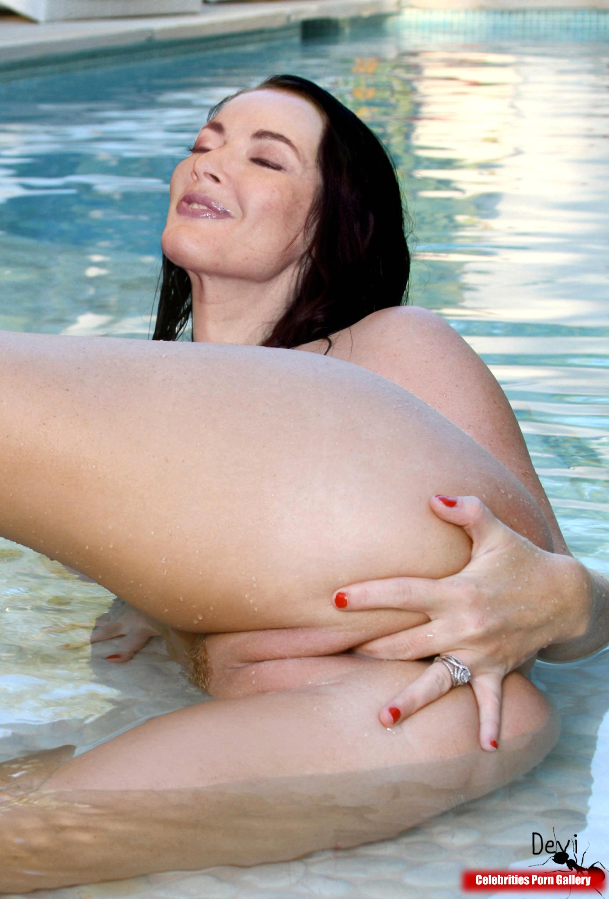 Nigella lawson nude