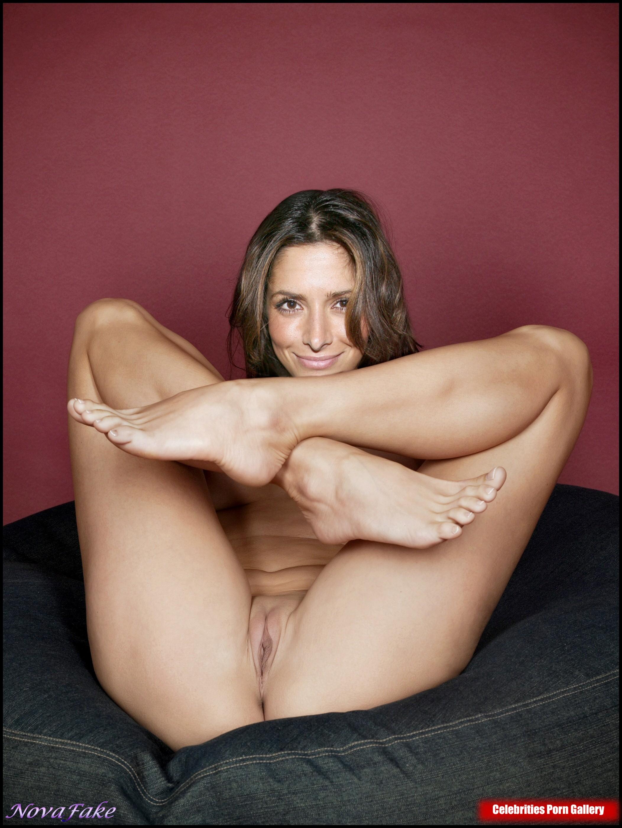 Sarah Sahi  nackt
