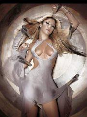 Shakira naked celebrities