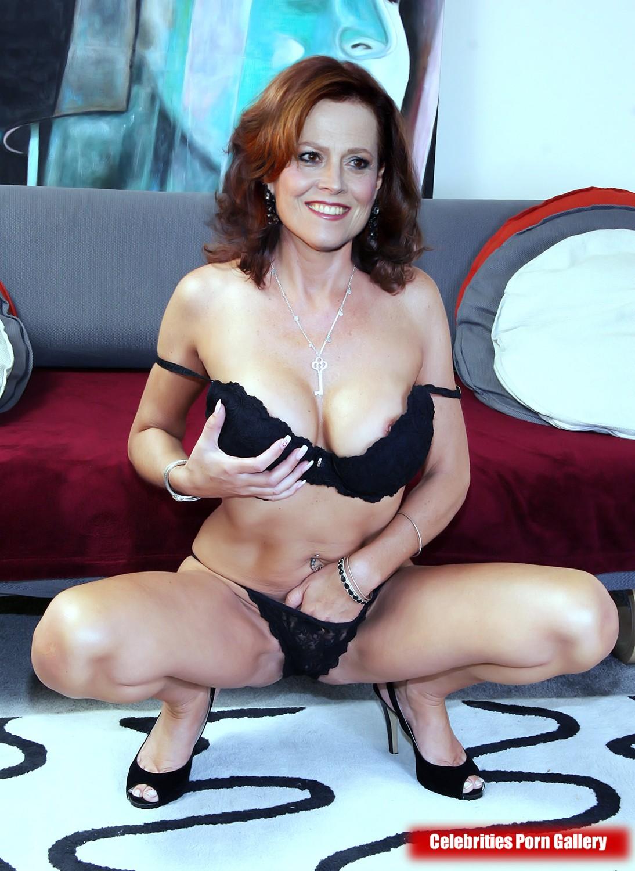 Sigourney Weaver Famous Nudes