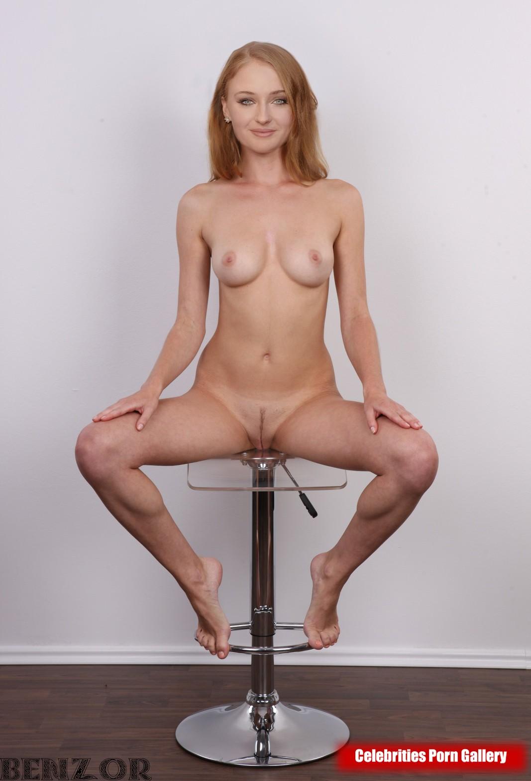 Turner nackt sophie Celebrities Nude