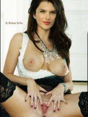 Alessandra Ambrósio Real Celebrity Nude image 1