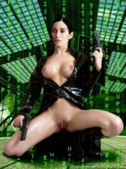 Carrie-Anne Moss Celebrities Naked image 2