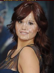 Debby Ryan Naked Celebrity Pics