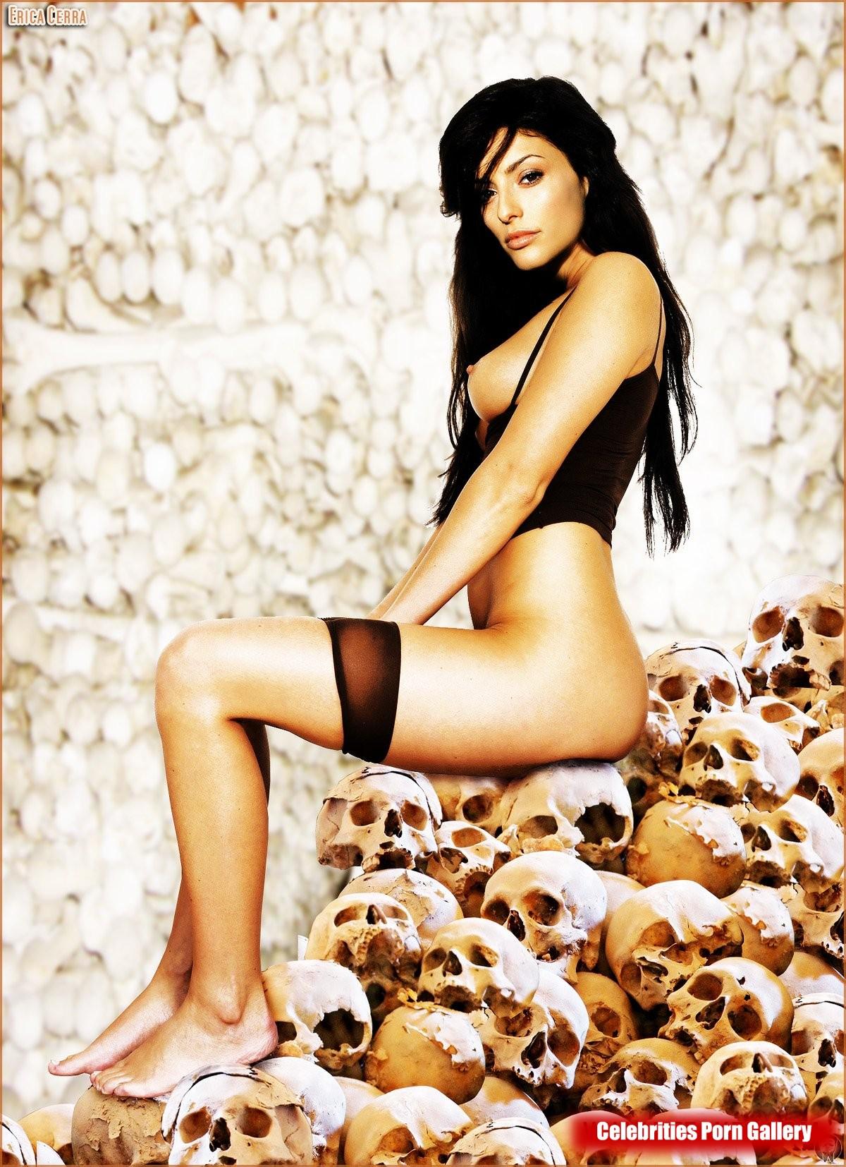 Erica cerra naked