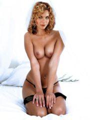 Hilarie Burton Naked Celebritys image 7