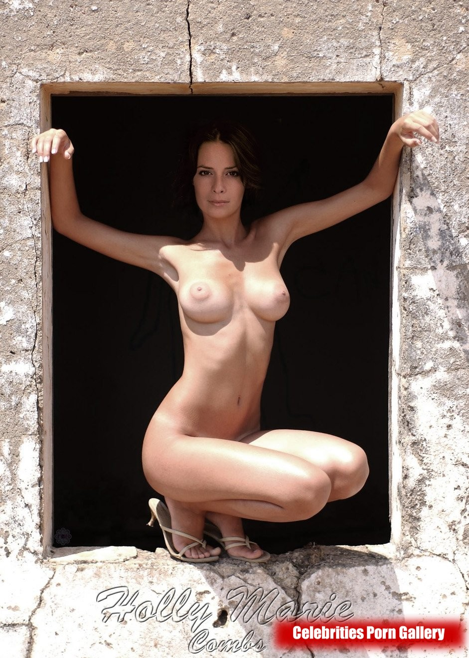 Holly Marie Combs Nudes Galleries