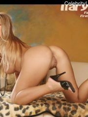 Ilary Blasi topless