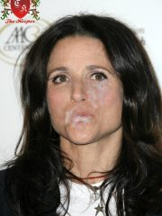 Julia Louis-Dreyfus Real Celebrity Nude