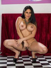 Kareena Kapoor Free Nude Celebs image 23