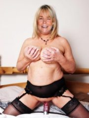 Linda Robson Celebrity Nude Pics image 1