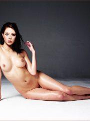 Michelle Trachtenberg Nude Celeb