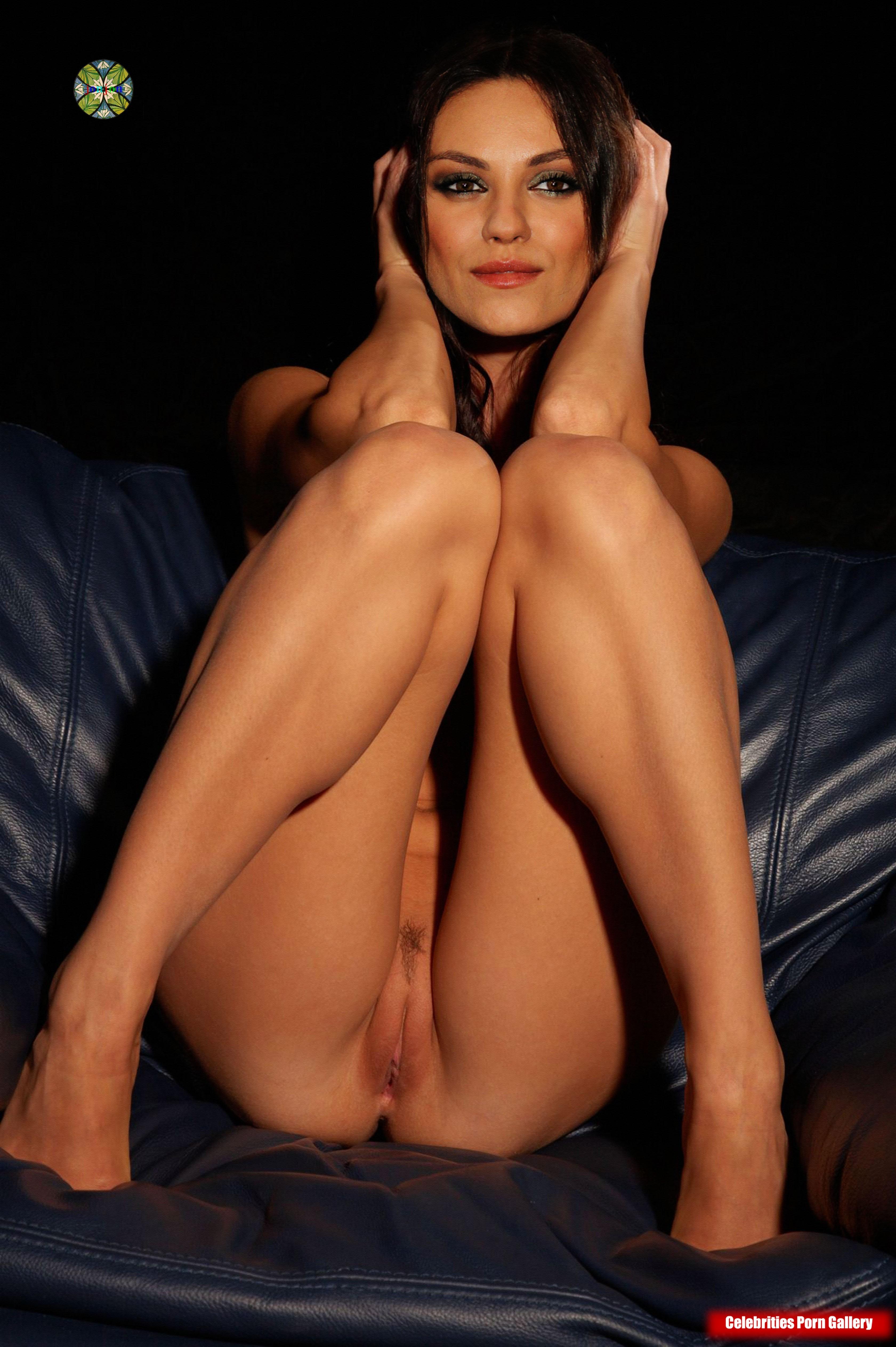 Mila Kunis Erotic
