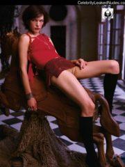 Milla Jovovich Naked Celebrity Pics image 4