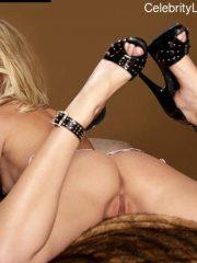 Rosamund Pike celebrities naked
