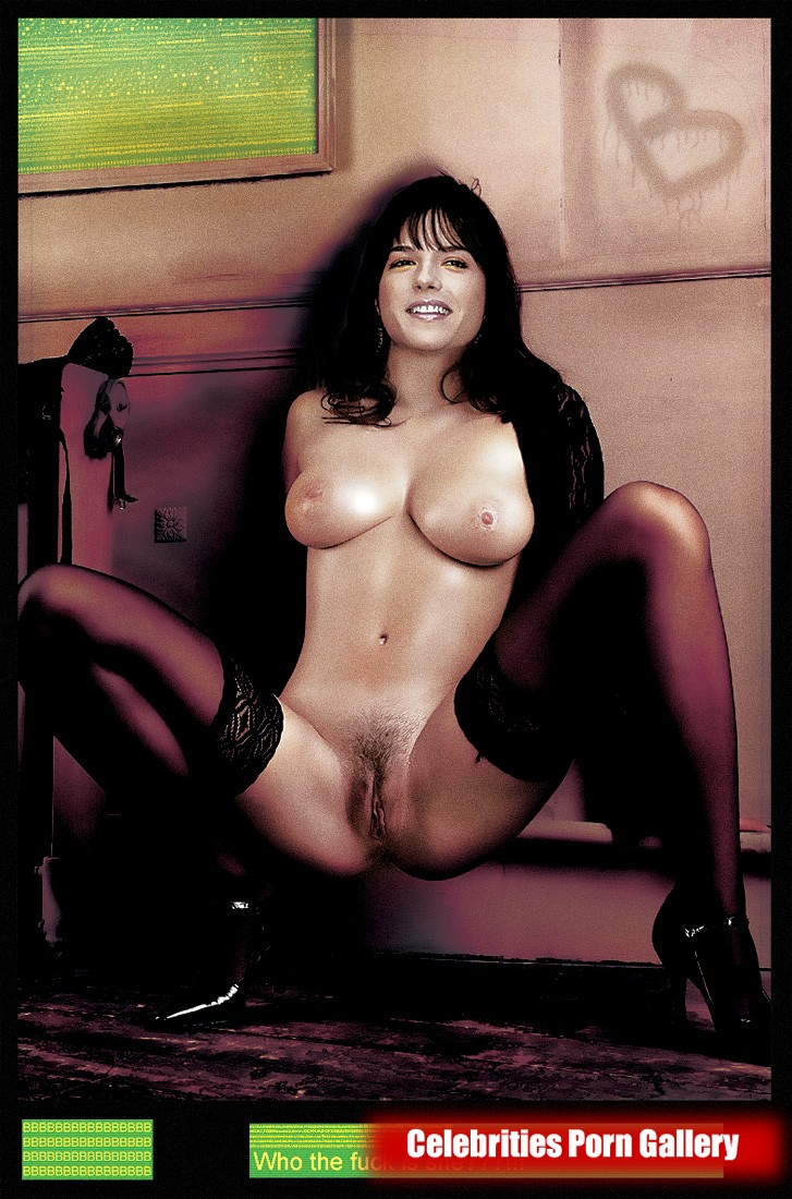 selma blair nude pictures