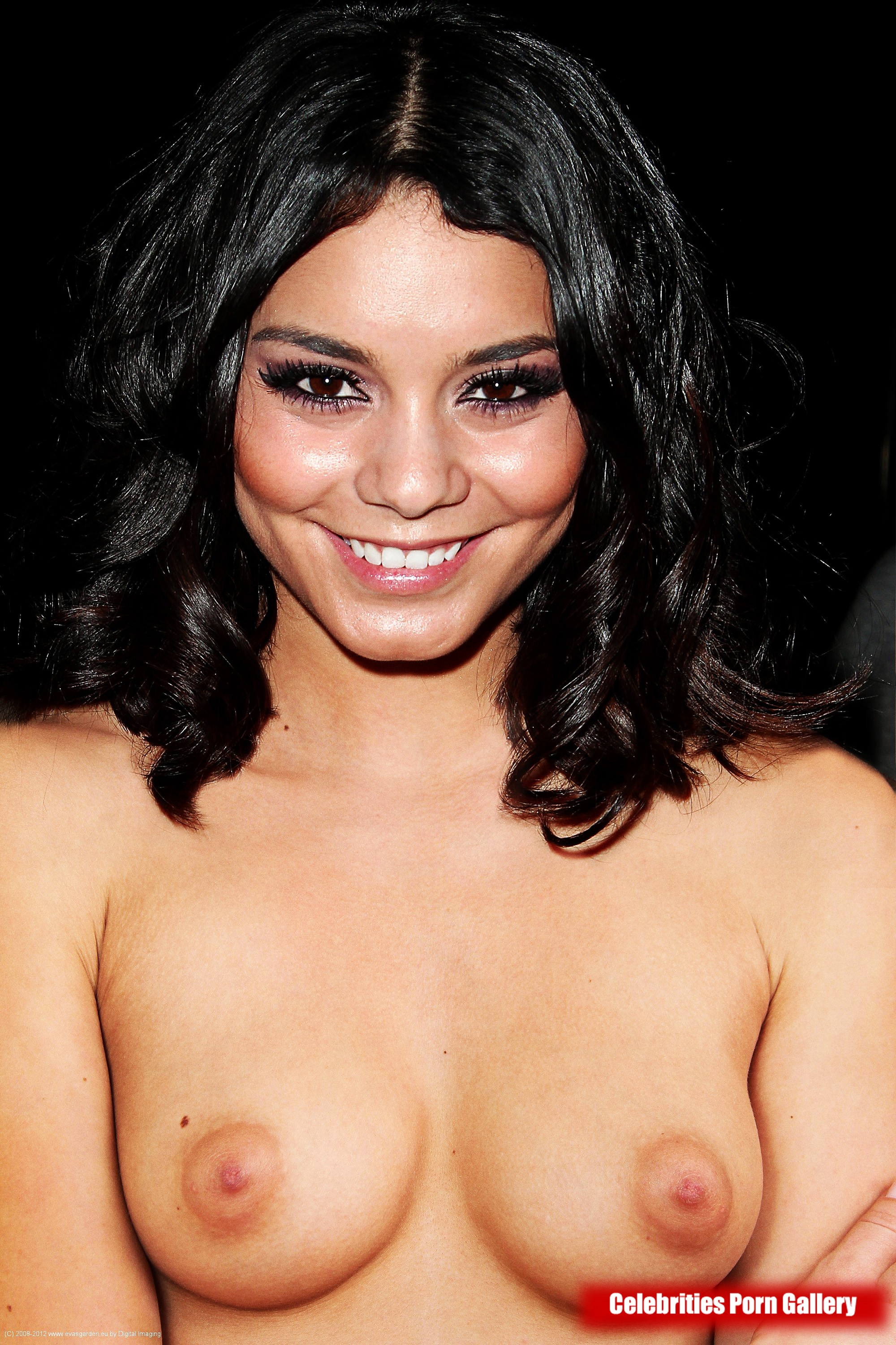 Vanessa Hudgens NAKED PHOTOS: New Nude Pictures Show Starlet - AGAIN